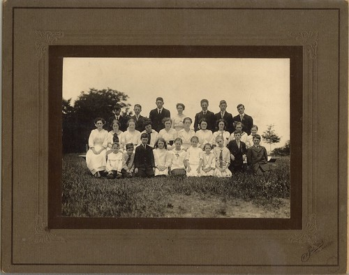 PB10014 PC Bayfield school class c1920