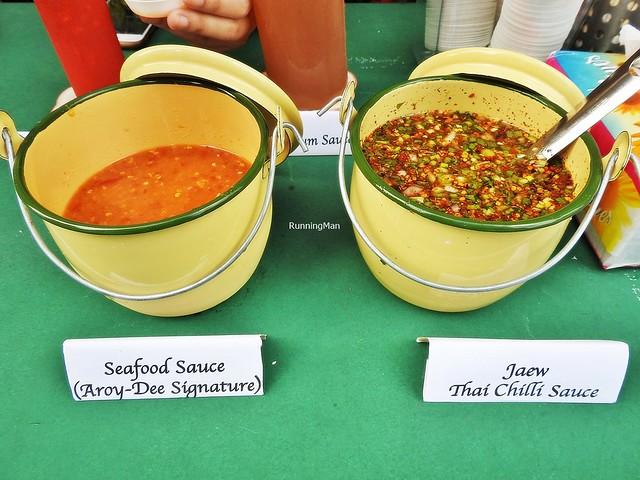 Aroy Dee Signature Seafood Sauce & Jaew Thai Chili Sauce