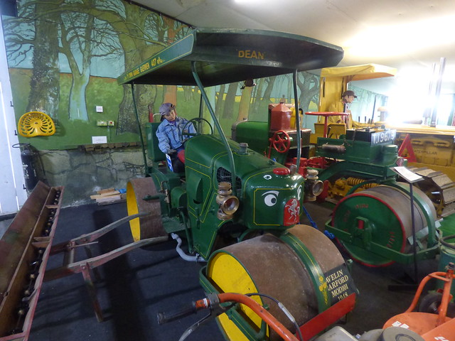 Tacla Taid Anglesey's Transport Museum - Agriculture Room - Avelin Barford Mod101 1948 and Barford Pioneer Master Pavior 1932