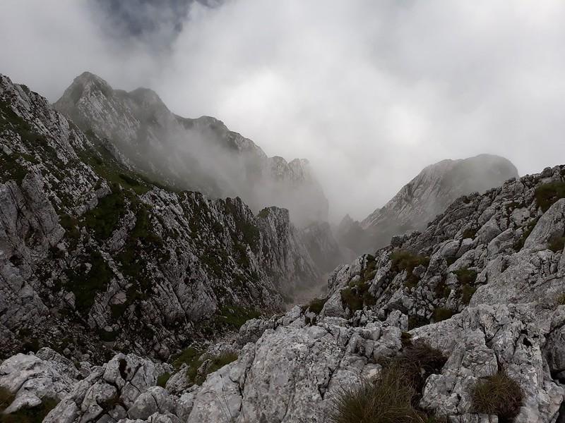 Drumetie in Piatra Craiului - Zarnesti-Creasta Nordica (35)