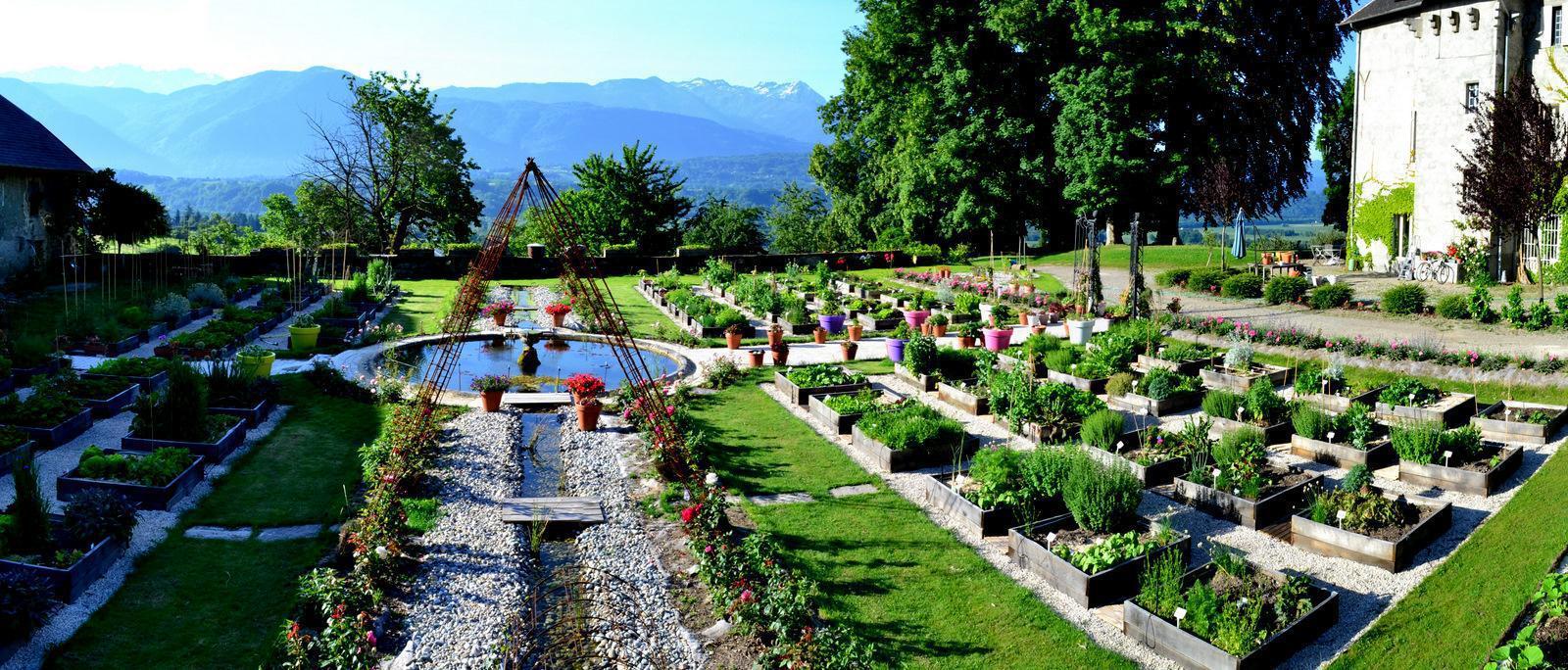 jardin-chateau-des-allues
