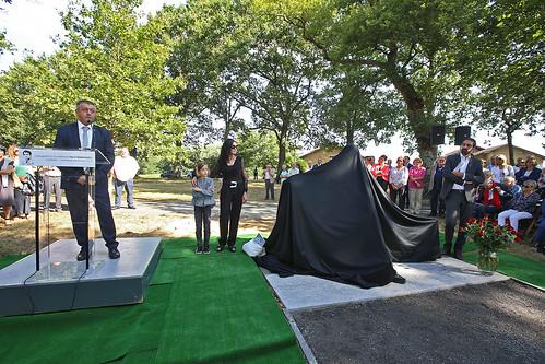 Inauguration de la stèle en hommage à Henri Emmanuelli