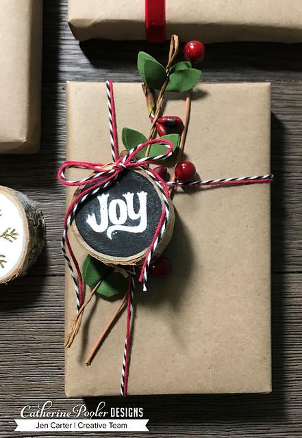 Jen Carter CP Wood Slice Ornaments Black Joy 17