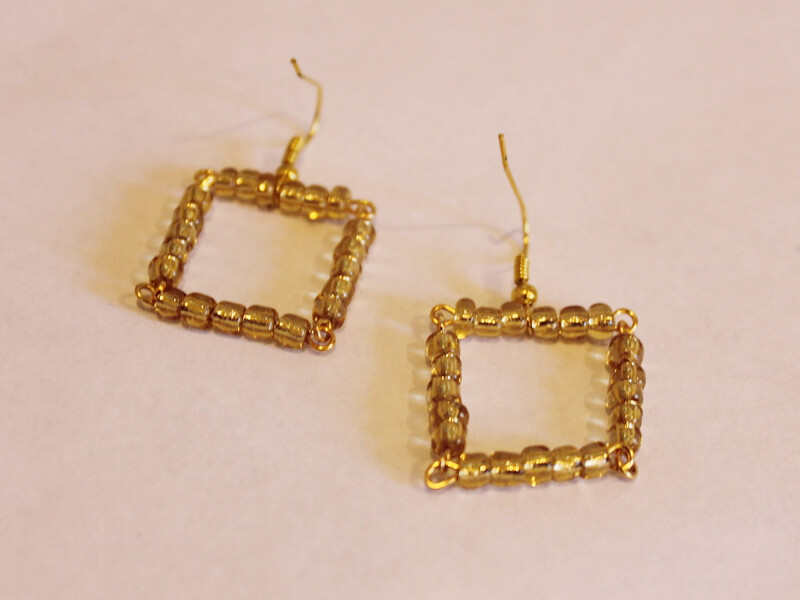 small square earrings 2