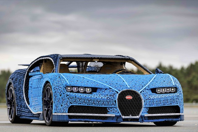 Full Size Driveable Bugatti Chiron made of LEGO Technic Unveiled