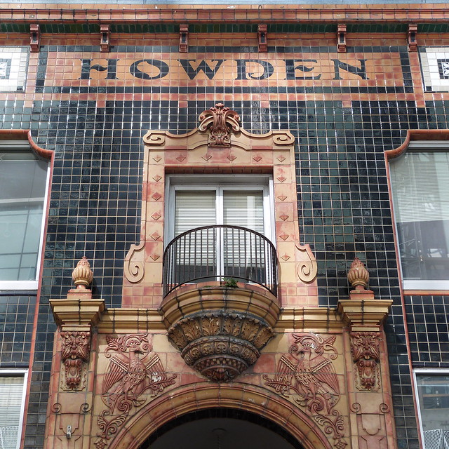 A16676 / the howden building, Panasonic DMC-FZ47
