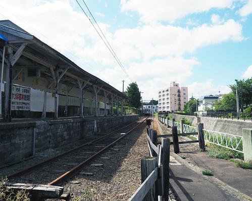 中央弘前駅・線路