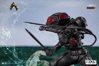 "Iron Studios ""Aquaman"" Black Manta 1/10 Battle Diorama Series Statue"