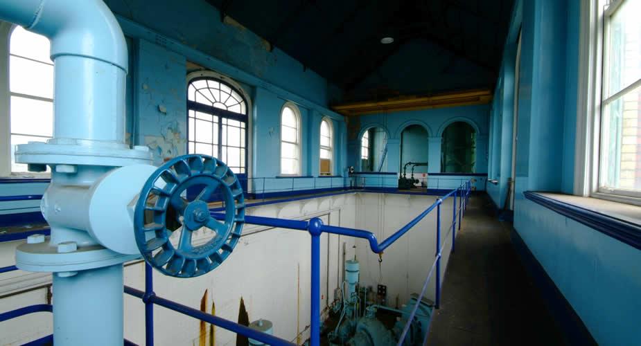Titanic Quarter Belfast, ontdek Titanic's Dock & Pump House | Mooistestedentrips.nl