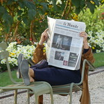 Jardin du Luxembourg Paris 06 근처 의 이미지. francia france parigi paris lettura reading quotidiano newspaper lemonde jardinduluxembourg