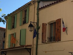 Flags (Catalan, European and French)