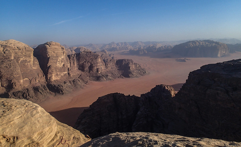 Sat, 2017-11-11 15:32 - Wadi Rum from high on Jebel Rum