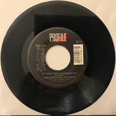 ROB BASE & D.J. E-Z ROCK:IT TAKES TWO(RECORD SIDE-B)