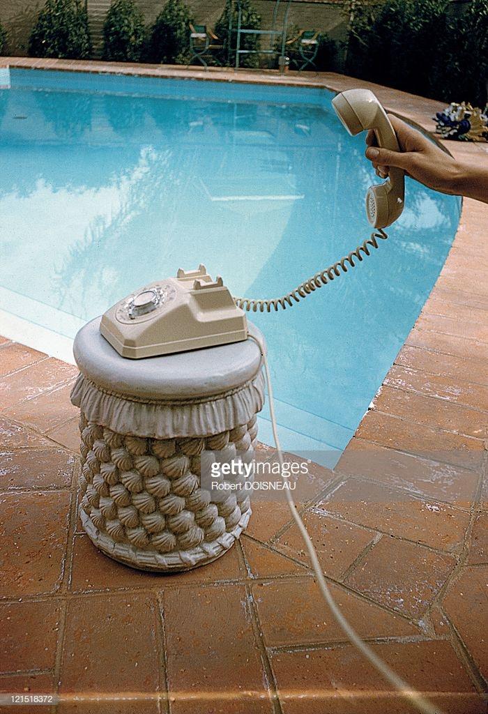 1960. Палм-Спрингс. Звонок в бассейн