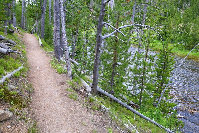 IMG_8826 Monument Geyser Basin Trail