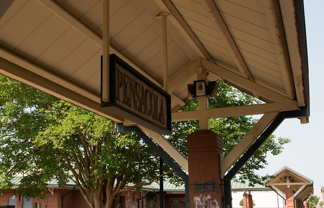 Pensacola Amtrak station (#0907), Nikon D5600, AF-S DX VR Zoom-Nikkor 18-55mm f/3.5-5.6G