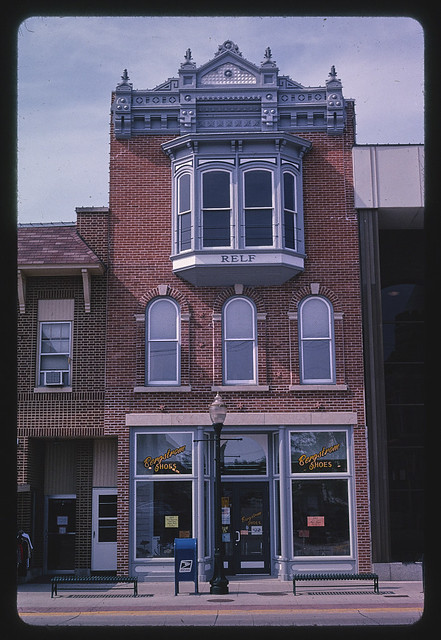 Relf Building (1901), Water Street, Decorah, Iowa (LOC)
