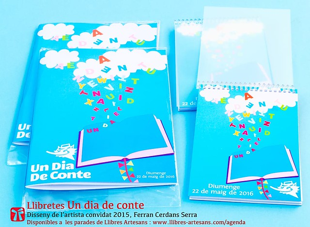 Llibretes amb aplicació del cartell Un dia de conte 2016, de Ferran Cerdans Serra