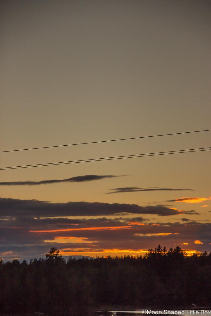 Auringonlasku, ilta, Pohjois- Karjala, Käsämä, taivas, oranssi auringonlasku