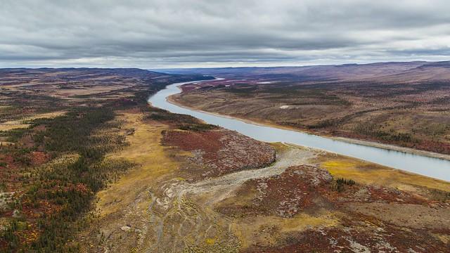 Coppermine River in colors-4480