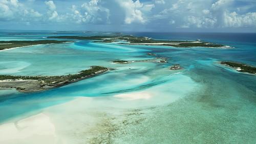bahamas beach sand aerial sea w galaxys9plus