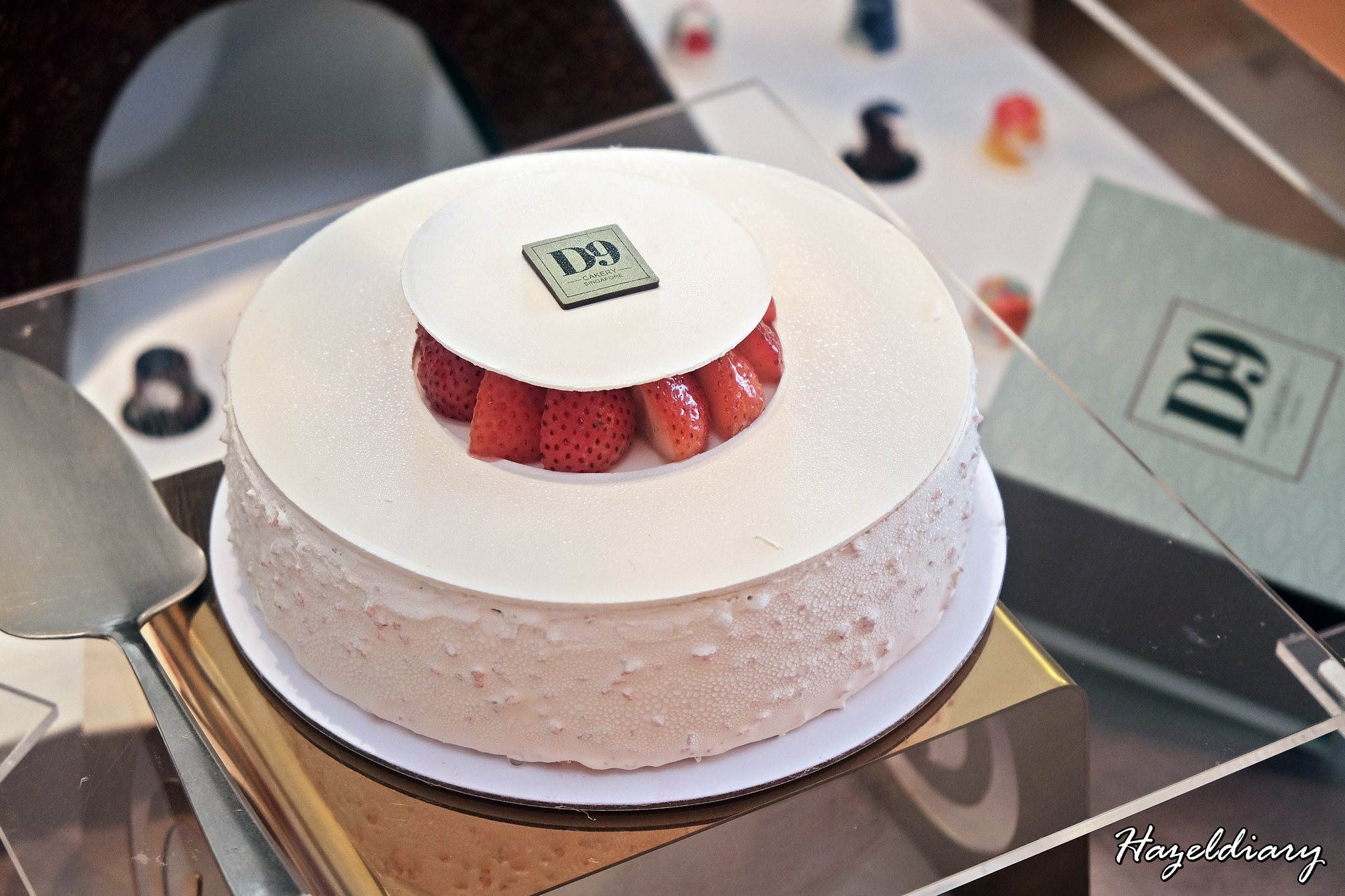 D9 Cakery Hilton Singapore-Cake Collection-Fraise