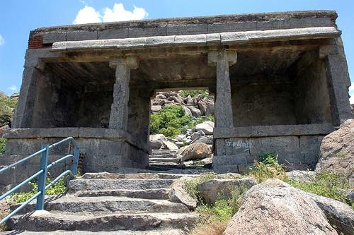asia asie india inde gingee tamilnadu krishnagiri fort paysage landscape colline hill pierre stone