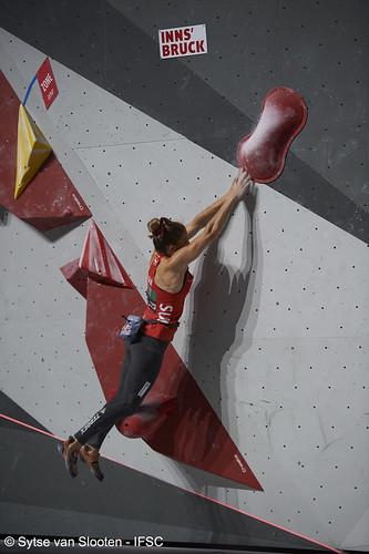 ifscwch-innsbruck-boulderfinals-women-friday-006-D4S_2033