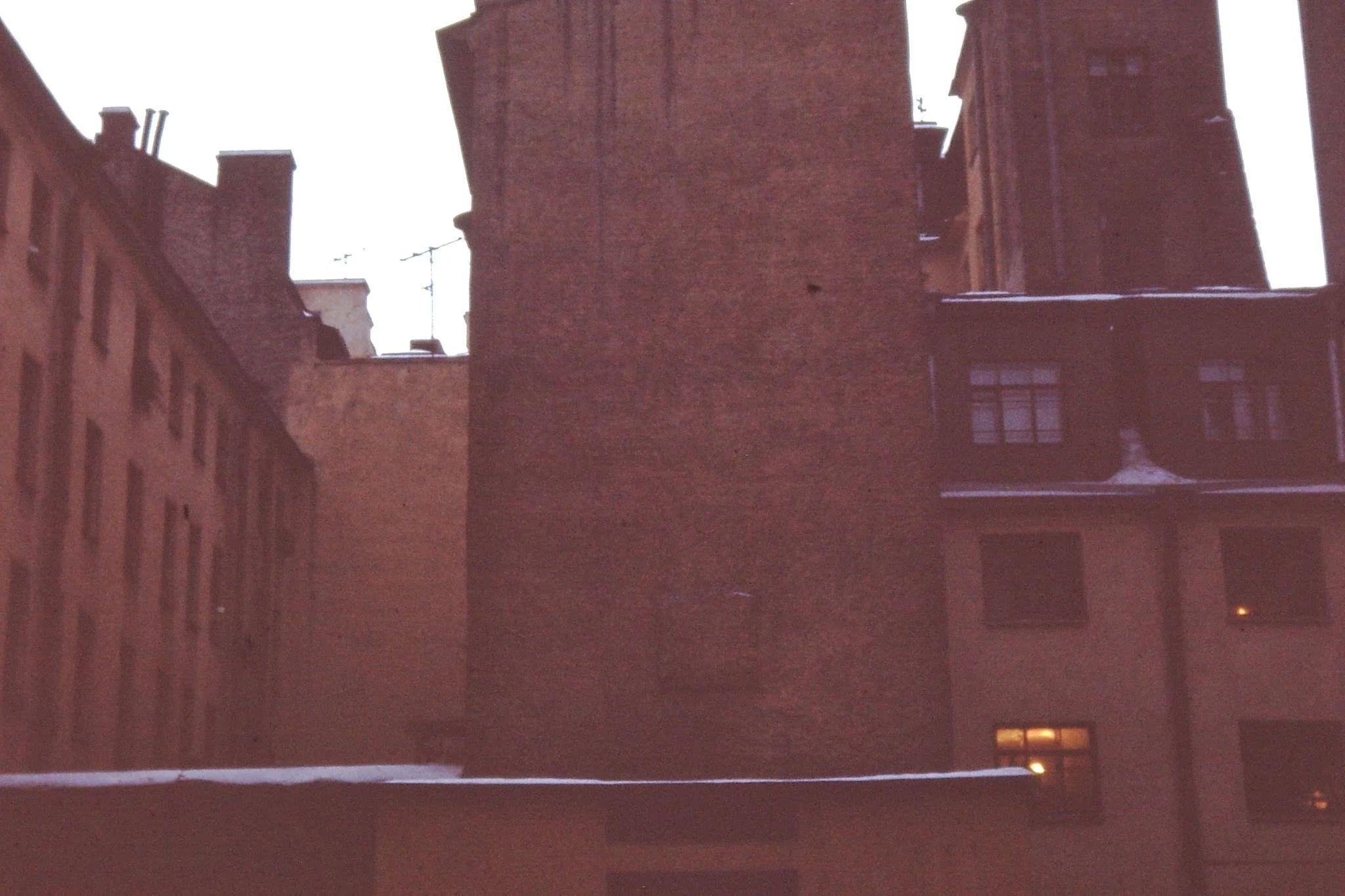 За красивыми фасадами прячутся печальные дворы жилых кварталов