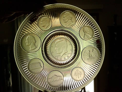 Imperial Glass coin glass plate of 1964 coinage