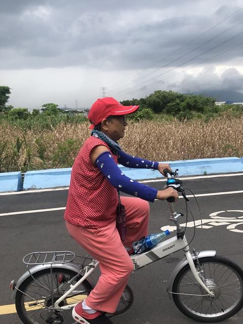 延平北路五段,關渡騎自行車 (11)