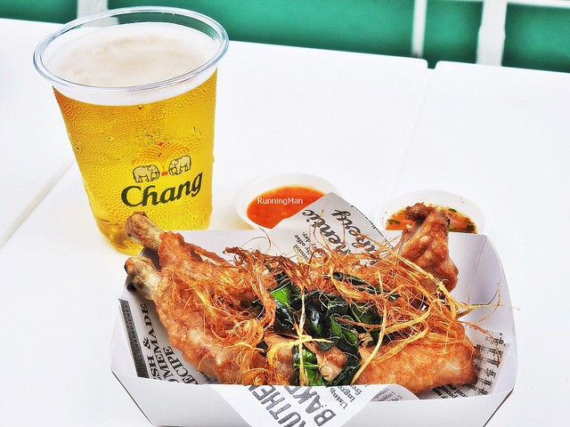Thai Style Prime Ribs With Aroy Dee Signature Seafood Sauce & Jaew Thai Chili Sauce, Beer Chang