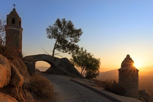 mtrubidoux bridge riverside california canon 80d sunrise sunstar friendshiptower peacebridge 16mm 10mm18mm starburst