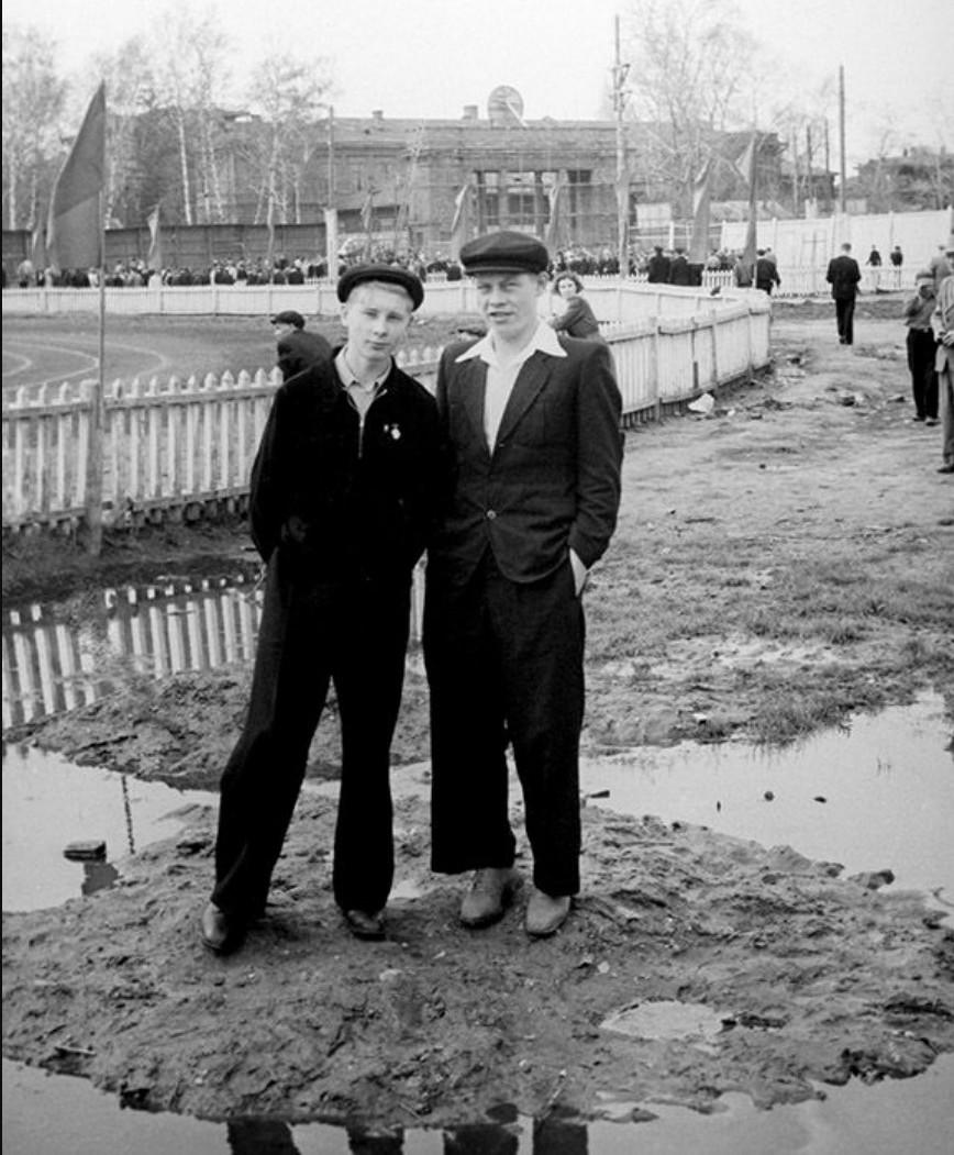 1950-е. На стадионе