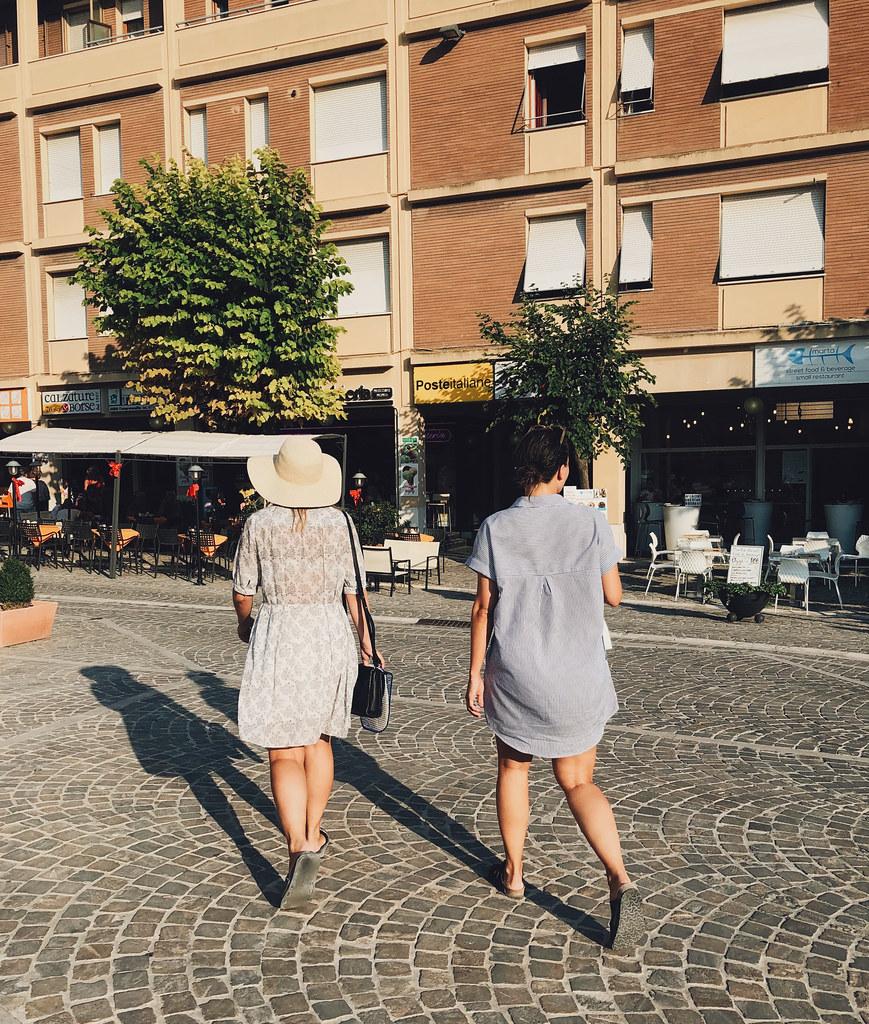 anna & julia