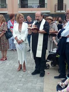 Don Michele Camastra durante un momento di preghiera