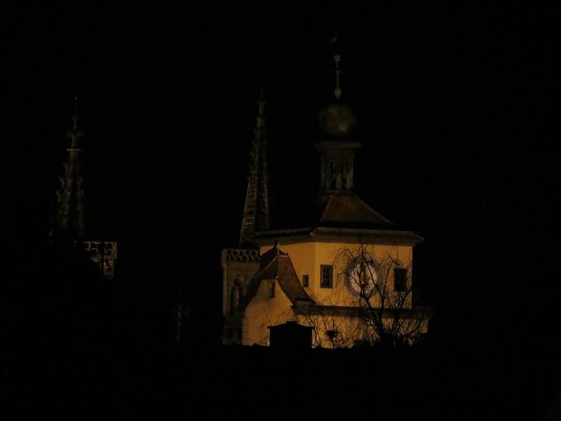 Nachtsicht von Wehrgang auf WeißerTurmIMG_8093