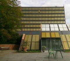 Ishøj Rådhus rearside & Bibliotek (1977)