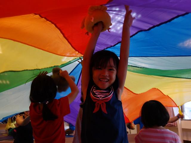 氣球傘@「逛逛動物園」親子瑜珈音樂會