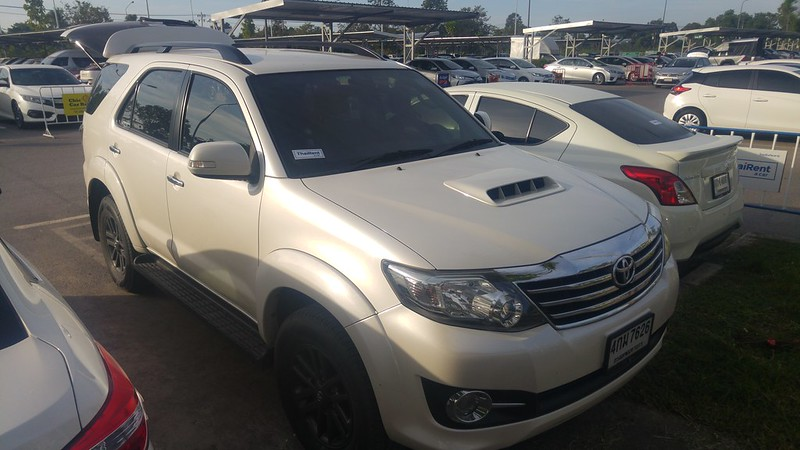 2004-2015 Toyota Fortuner Review
