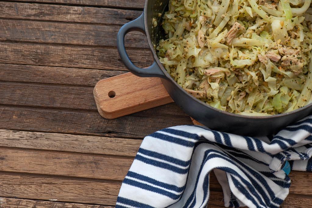 Quick Tuna & Pesto Cabbage