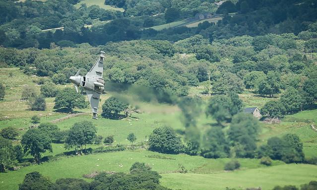 Typhoon in the Welsh, Nikon D3, AF-S Nikkor 300mm f/4D IF-ED