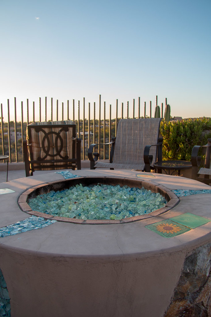 Outdoor lounging areas at Hacienda del Sol | Tucson hotel review