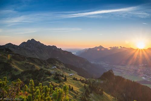 Sonnenaufgang auf der Gåcht Spitze