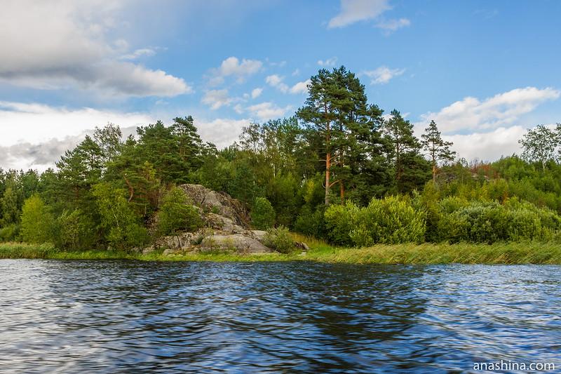 Скала, залив Лехмалахти, Ладожское озеро