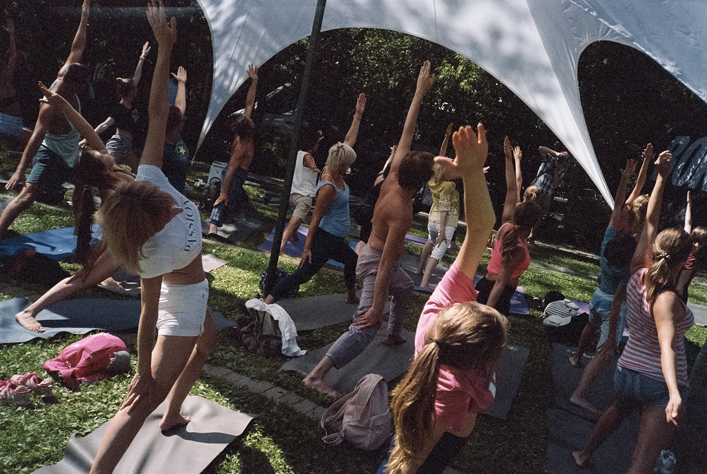 «Park Yoga» (Days of India in Moscow)