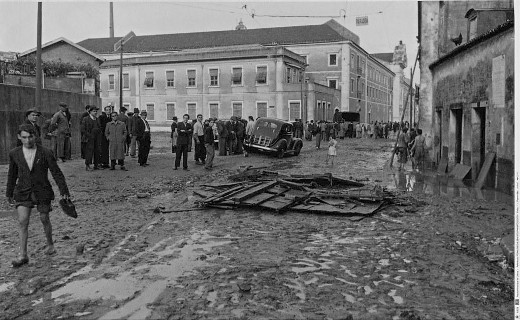 Inundações, Rua de Xabregas, 1946 (Ferreira da Cunha, 1946)