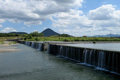 Yasugawa (野洲川) weir in Moriyama City