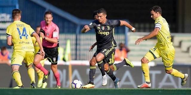 Cristiano Ronaldo: Menjalani Debutnya Di Serie A Dengan Juventus