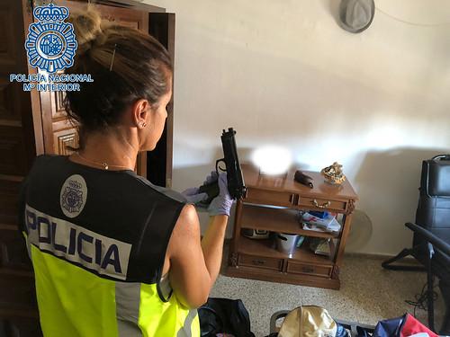 Liberada una menor retenida ilegalmente en un domicilio de Dos Hermanas